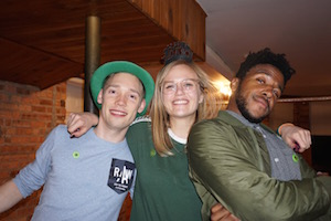 These three amazing guests love wrigley hostel and Chicago!