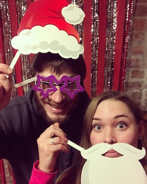 Ida and Chris are testing out the Christmas hostel photo booth!